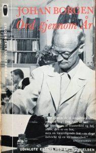 Johan Borgen ved skrivemaskinen